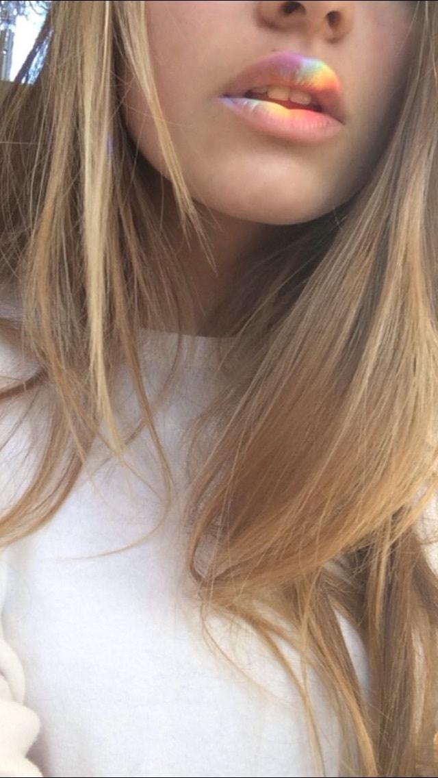 Piękne Zdjęcia Dziewczyn Z Ukrytą Twarzą Zdjęcia Profilowe